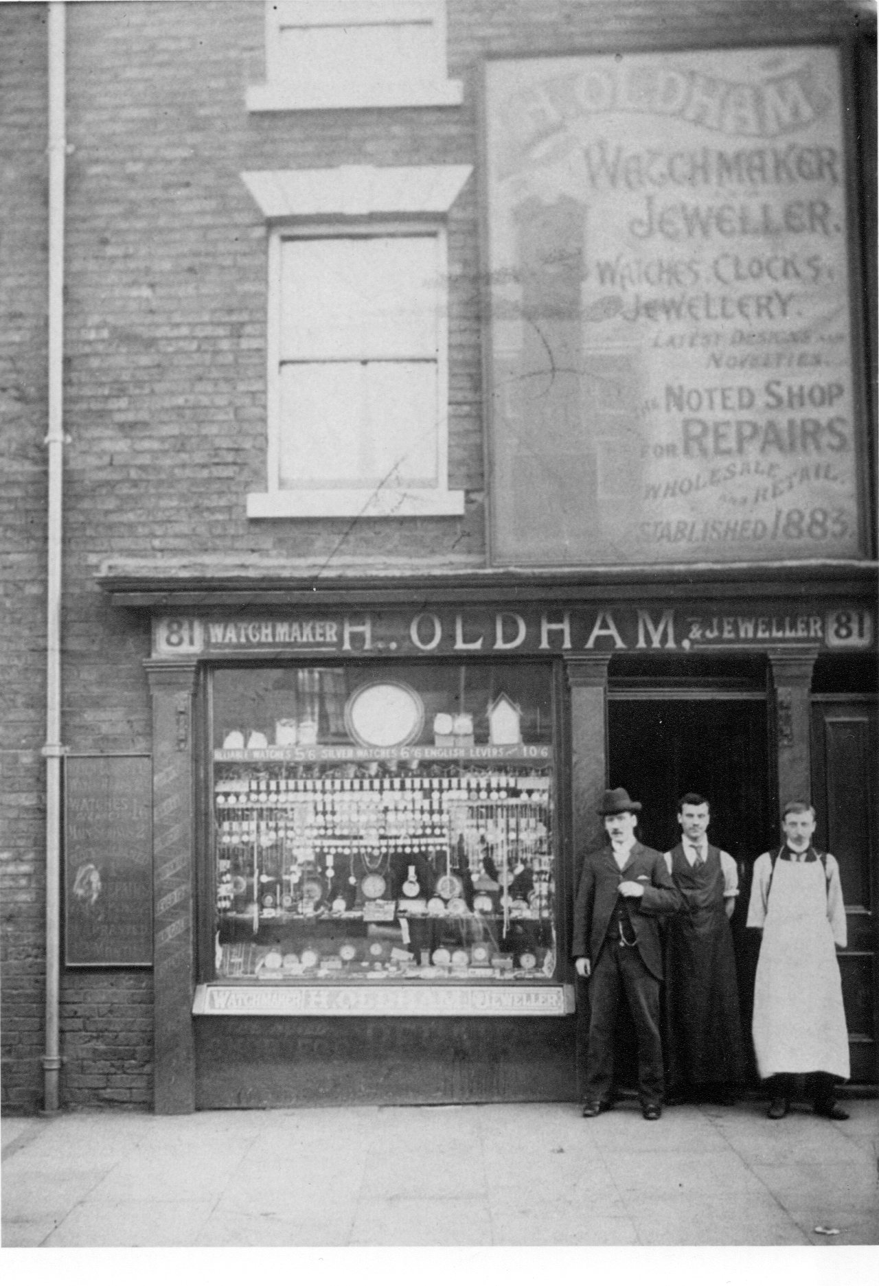 White apron london -  This At My Moms It Is The Watchmakers Shop At 81 London Road Where My Gt Grandad Did His Apprenticeship My Gt Grandad Is The One With The White Apron