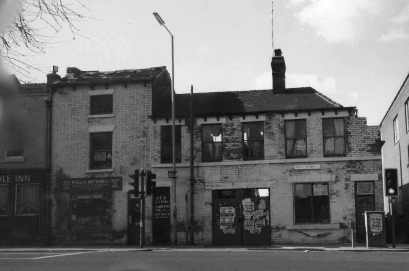 Mitchells cutlery shop & workshop West St 1976