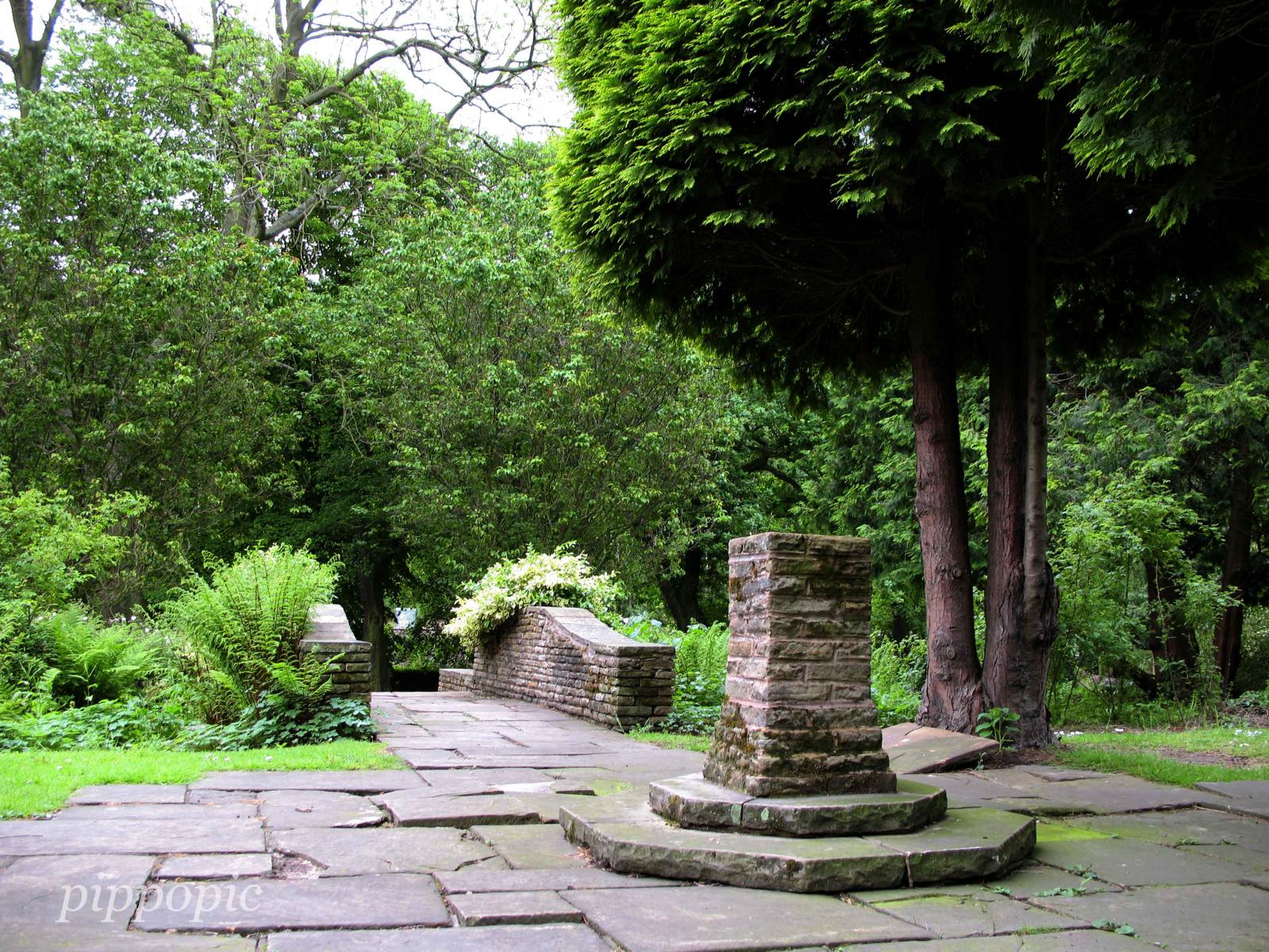 Beauchief Gardens 02