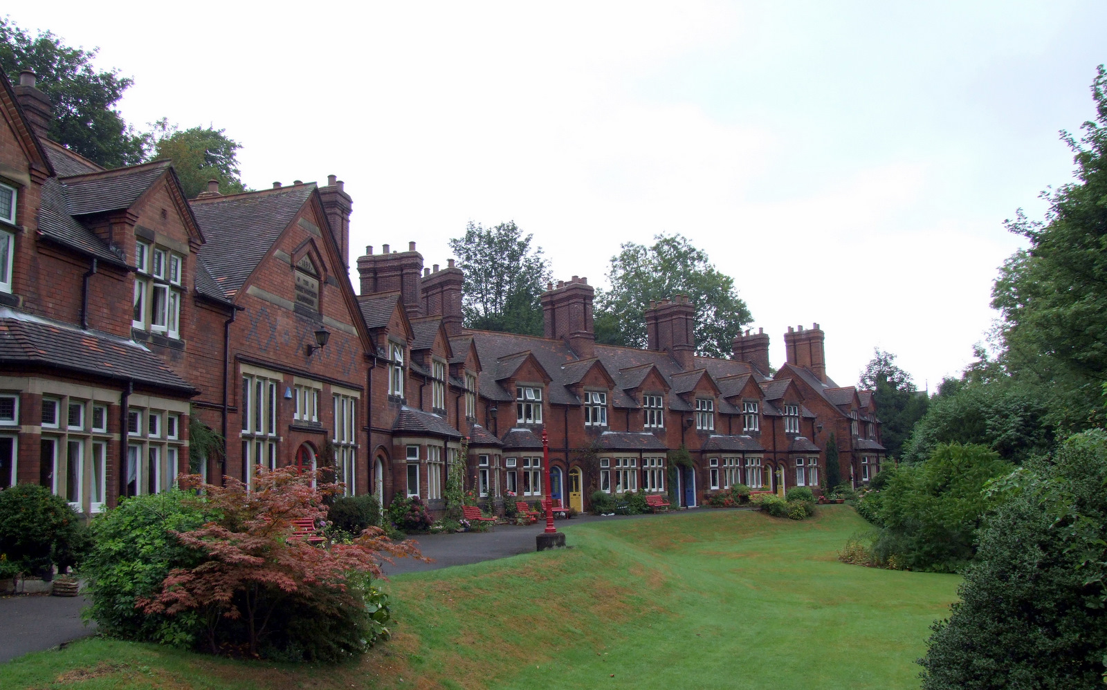 The Woofinden Almshouses