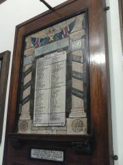 post office war memorial- castle house-co-op king st1.jpg
