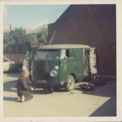 mick working On Vw Van bournmouth