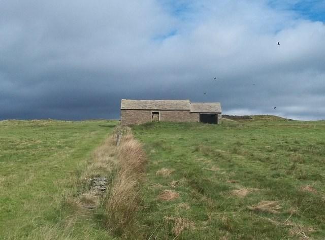 Field Barn and Film Location on Clodhall Lane