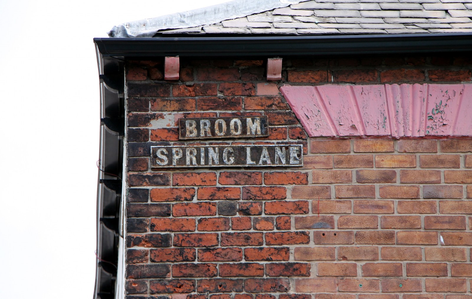 Old Broom Spring Lane street sign.jpg