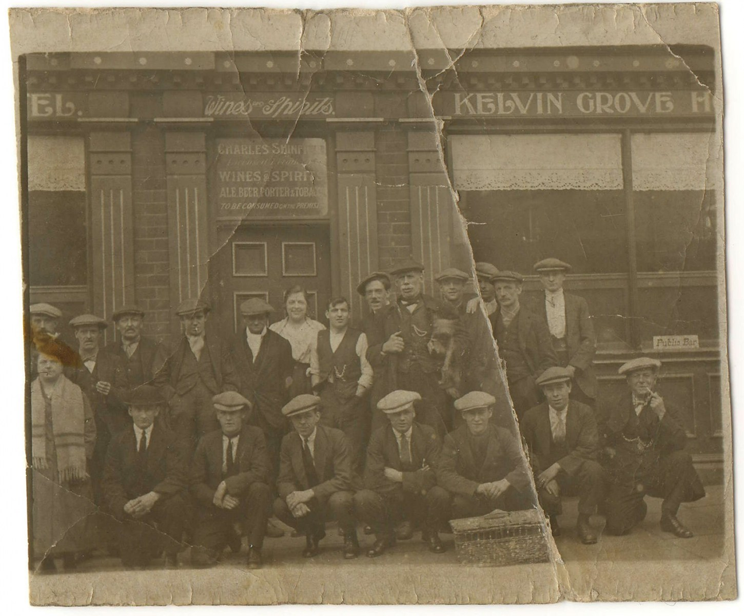 001Kelvin Grove Hotel on Infirmary Road at the junction with Woolen Lane Sheffield c1916.jpg