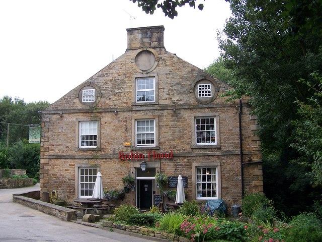 Robin Hood Inn Little Matlock.jpg