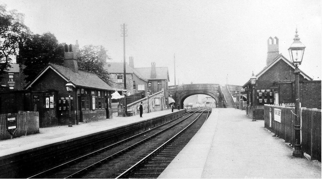 Chapletown station2.JPG