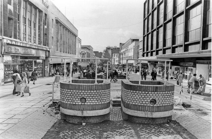 Tram The Moor Sheffield.jpg