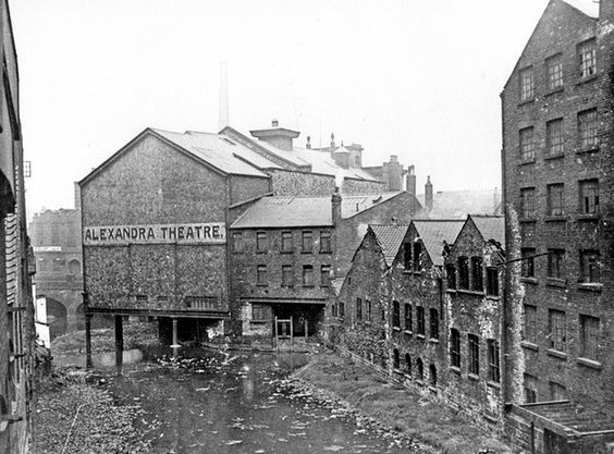 The Alexandra Theatre Sheffield.jpg