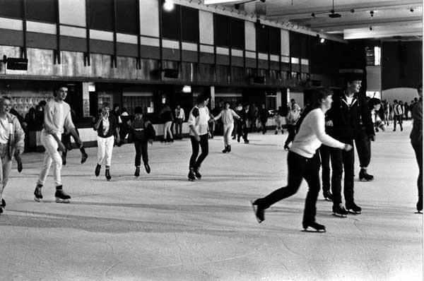 silver blades ice rink sheffield 2.jpg