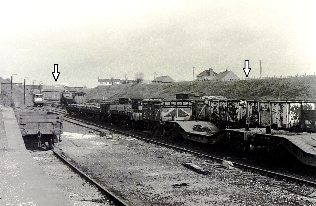WRS038-Woodhouse (GCR) Station-16-06-1977.jpg