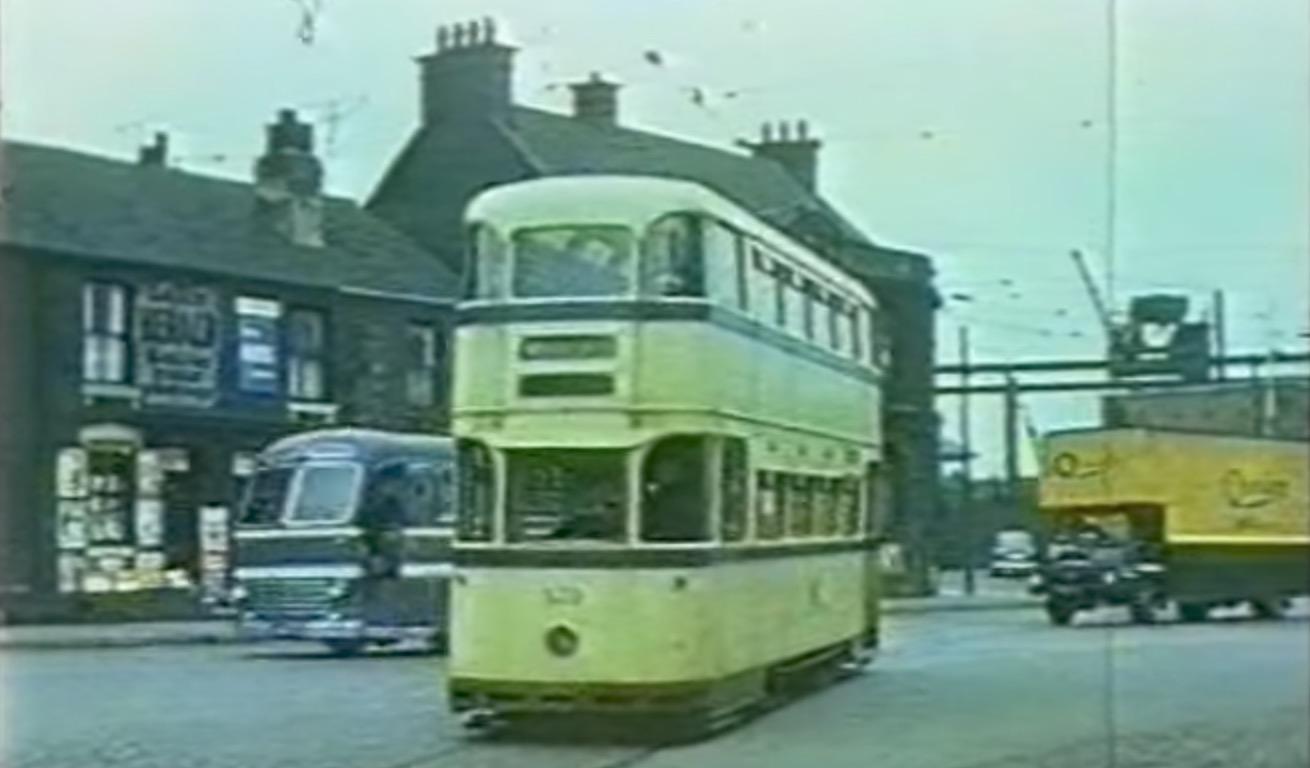 Sheffield Tram Attercliffe.jpg