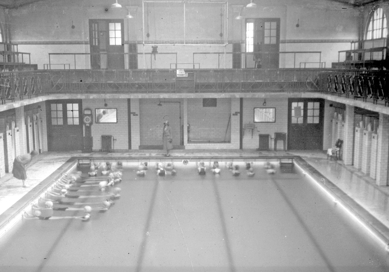 Hillsborough Swimming Baths Sheffield.jpg