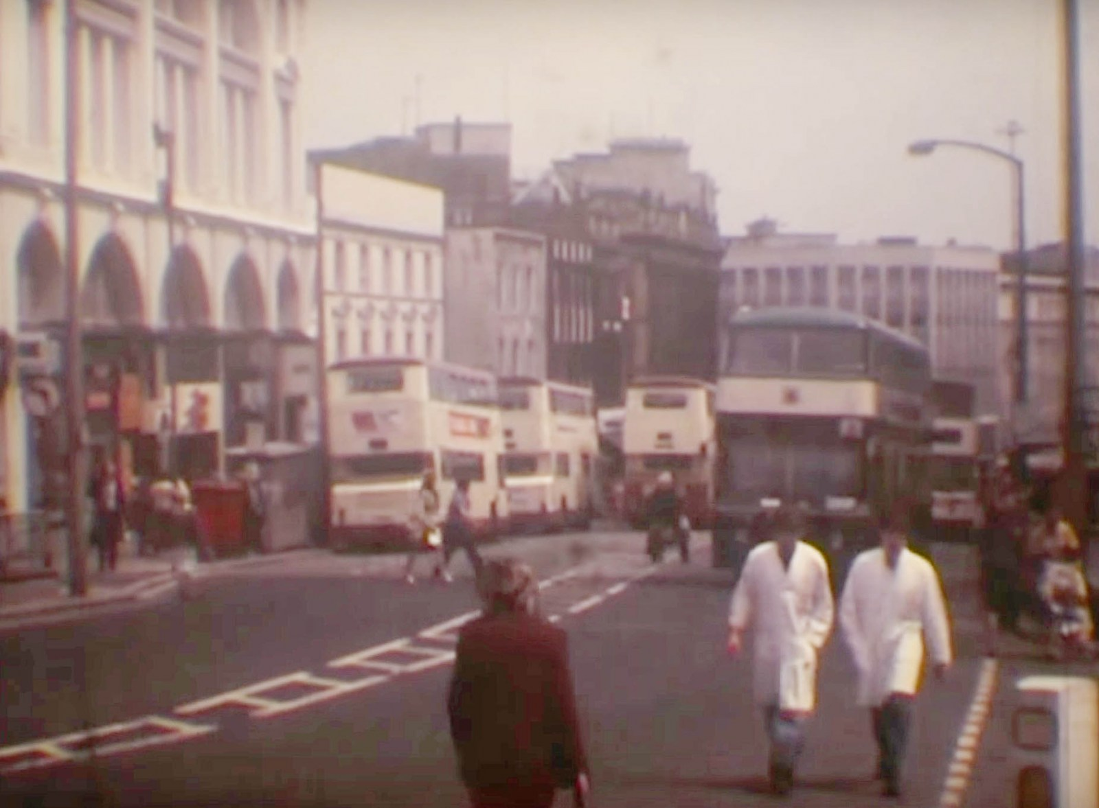 High Street Sheffield 1980.jpg