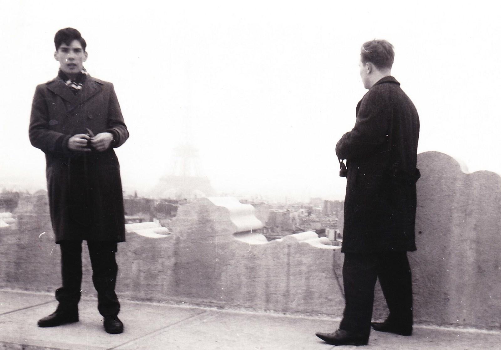 Ken atop Arc de Triomphe.jpg