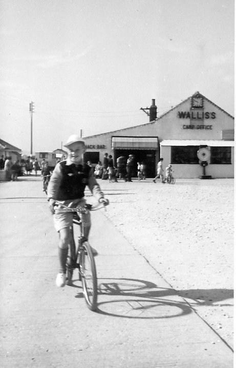 cayton bay 1952.jpg