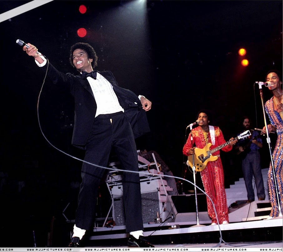 Destiny-Tour-michael-jackson-7185598-1200-808-1.jpg