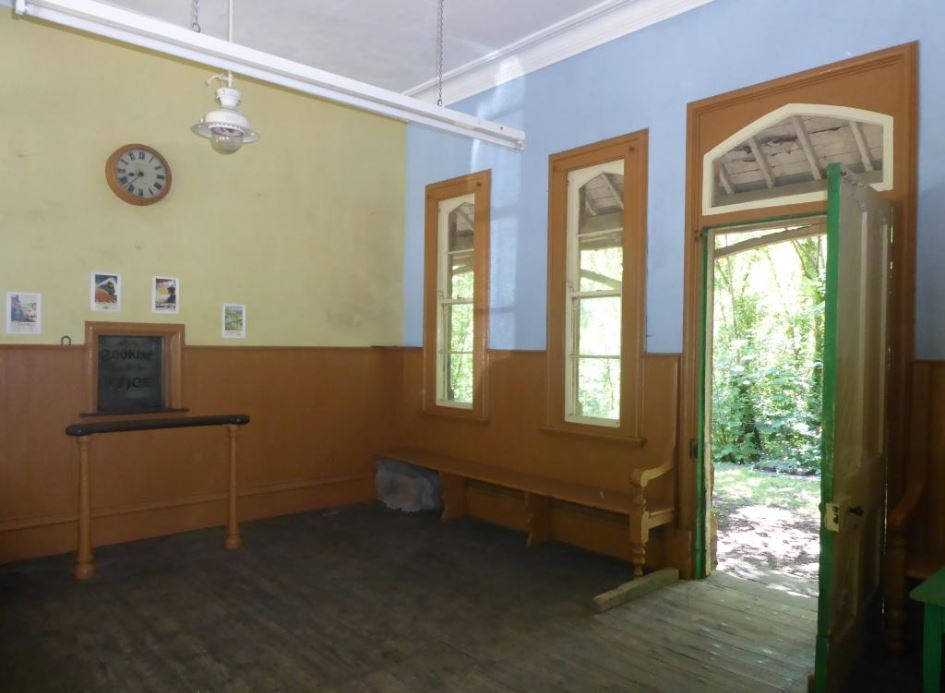 booking office.JPG