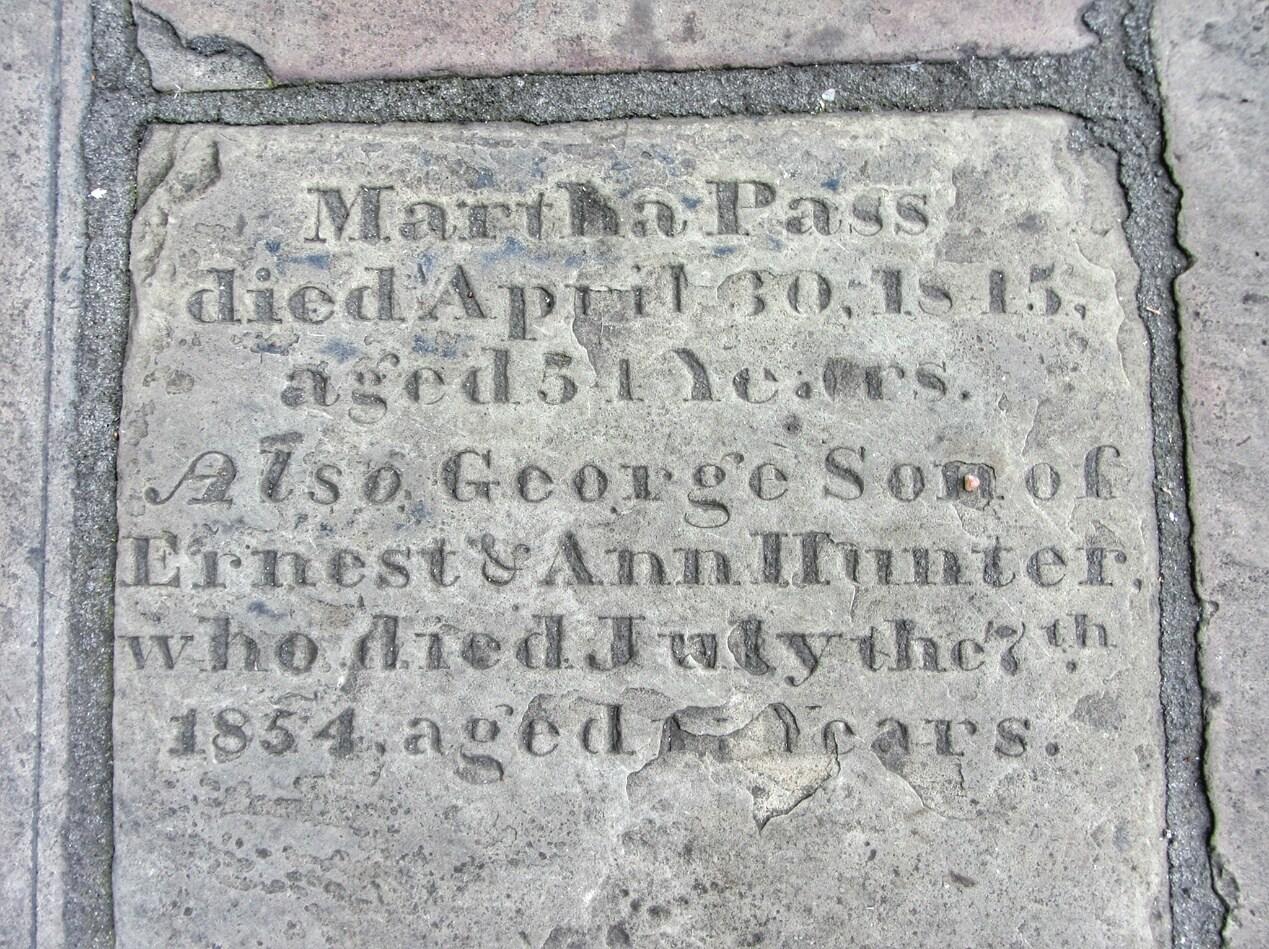 Martha_Pass_Grave-02.jpeg