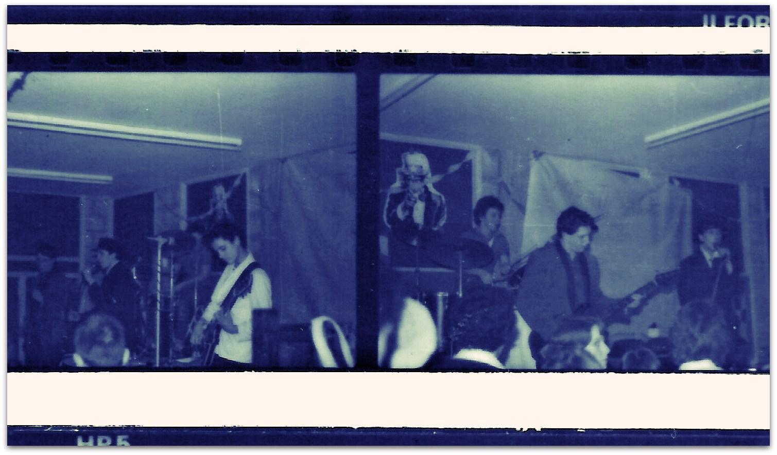 StuntKitesPitsmoorDecember1978.jpg