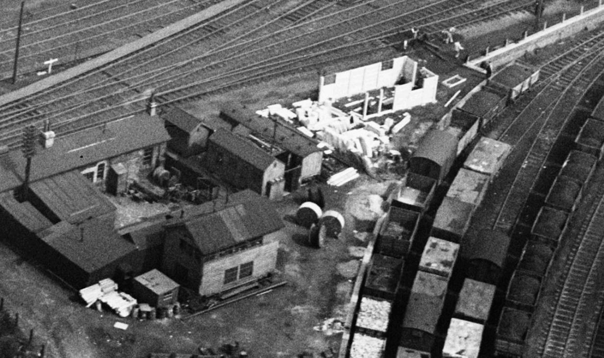 Cabin under construction 1948.jpg