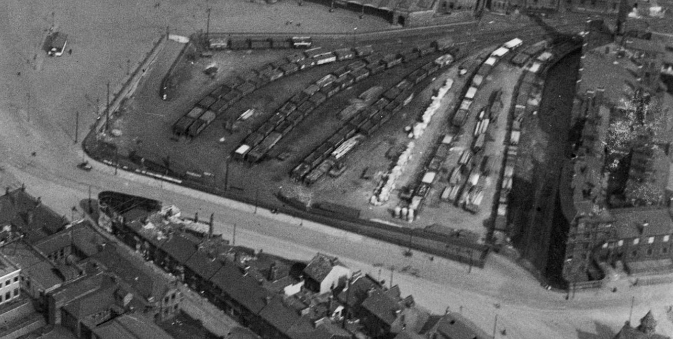 Midland Station, Sheffield, Goods yard 1926 _ Britain From Above.jpg
