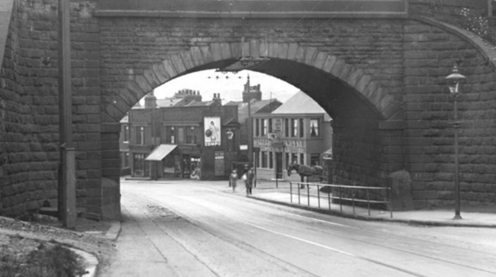 New Bridge Inn Halifax Road Sheffield.jpg