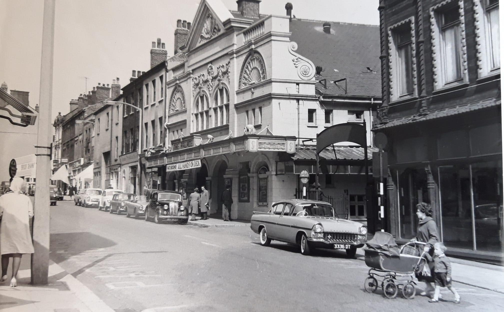 The Palace Union Street