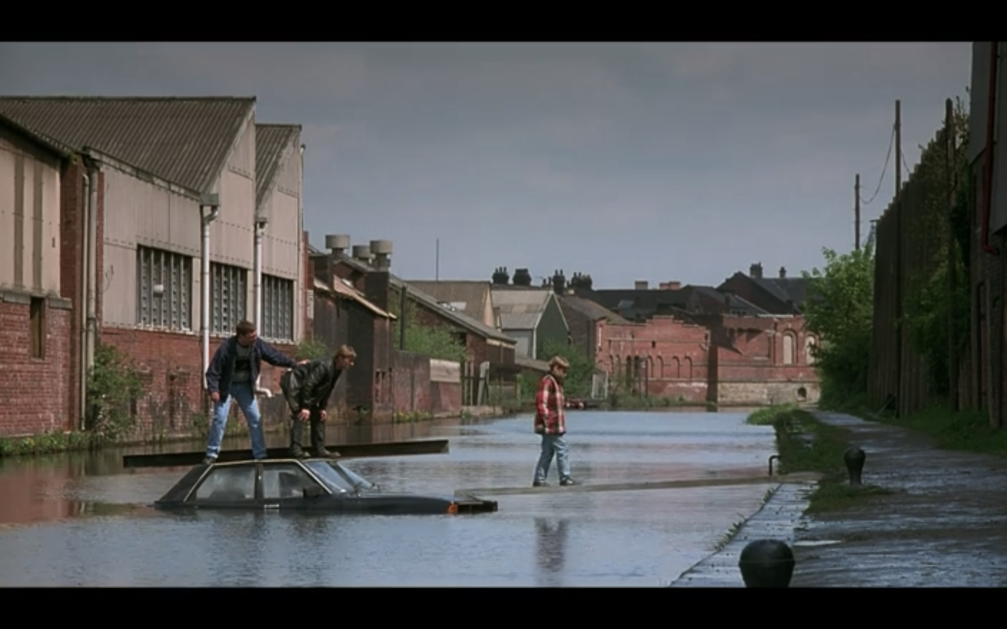The Full Monty Sheffield Filming Locations - Bacon Lane / Canal Scene