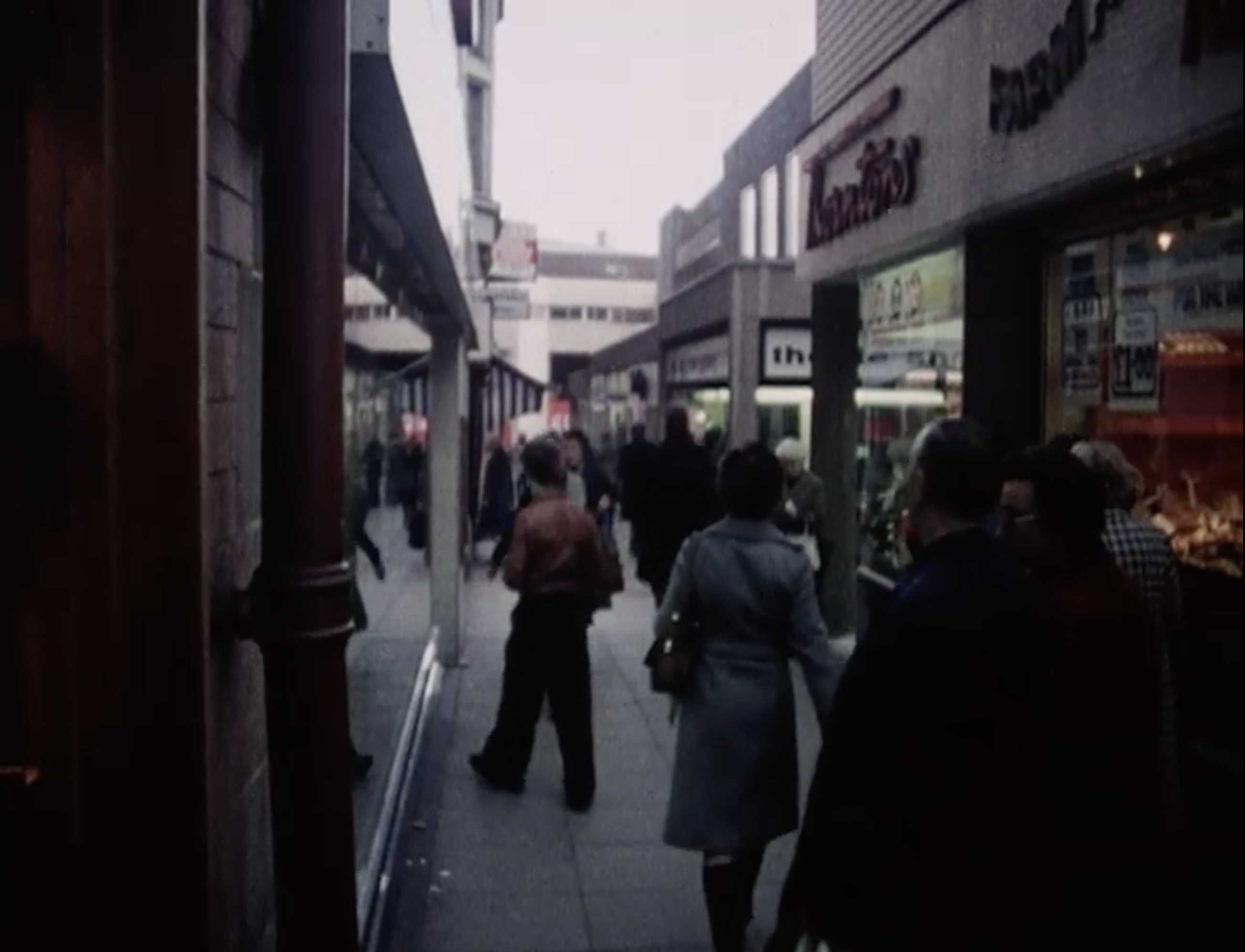 Sheffield in 1981 - how many of these places do you recognise?