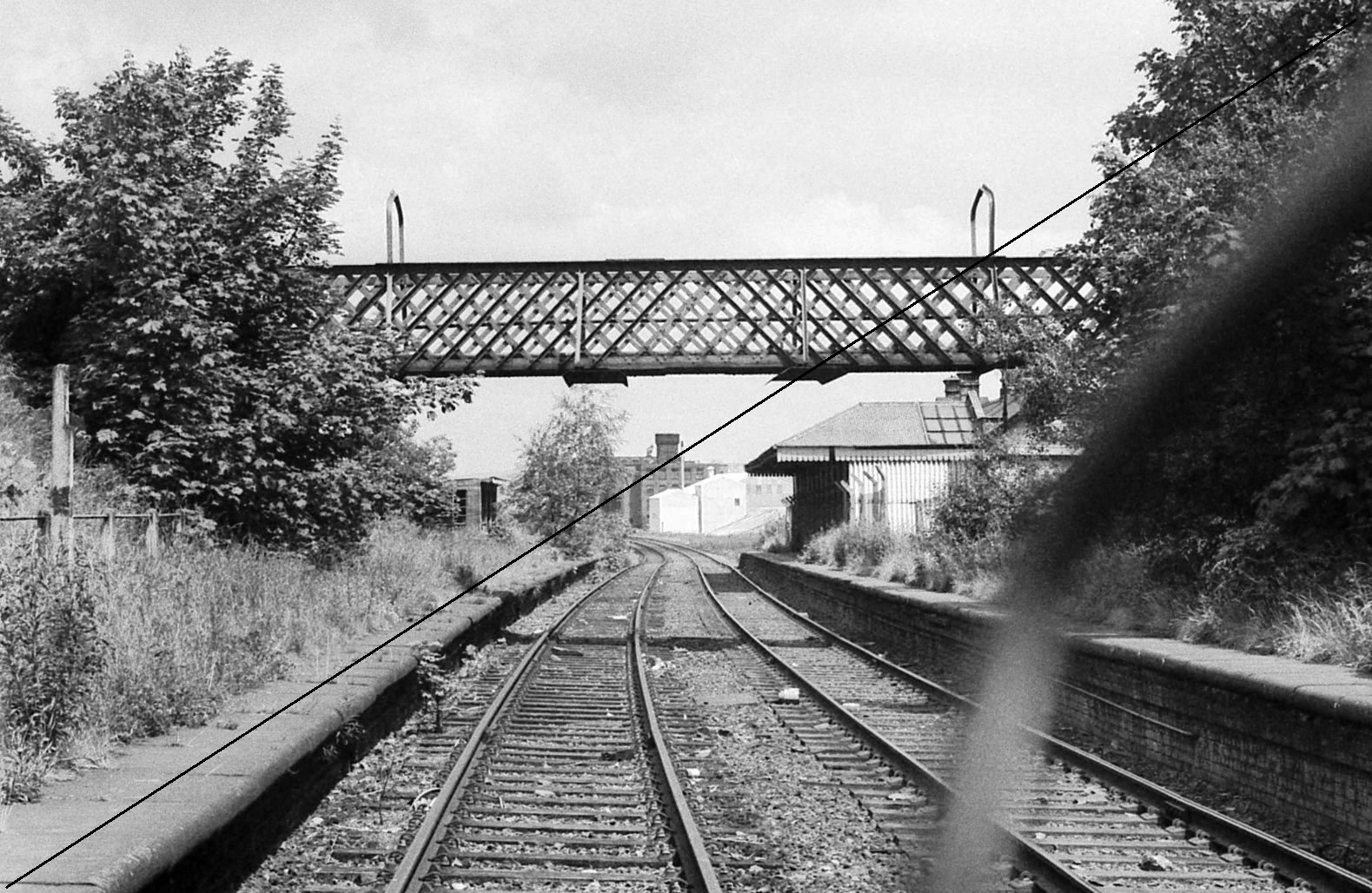 GCR002-Killamarsh Central Station-Looking North-16-06-1977.jpg