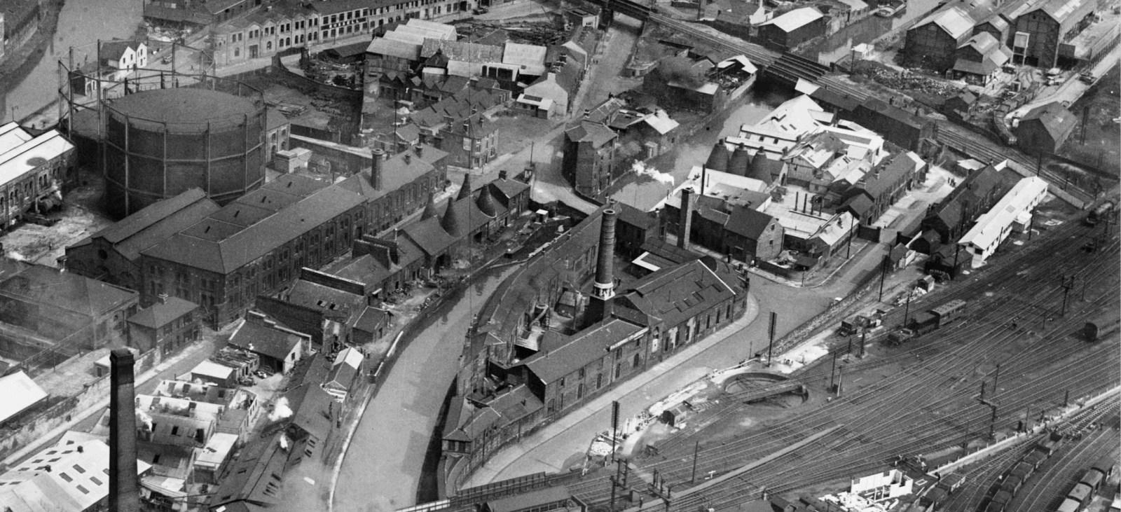 (1948) Canal Section to Midland railway bridge.jpg