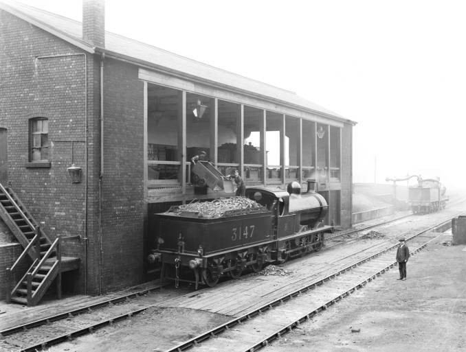 Grimesthorpe Shed  coaling 1928.jpg