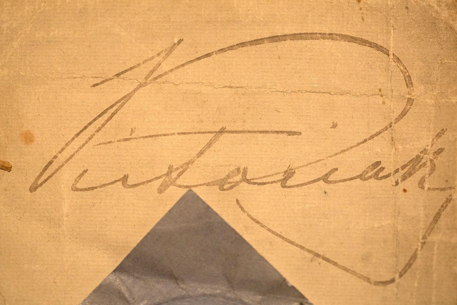 Victoria's copy signature.jpg